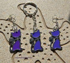 Enamel Purple Cat Key Ring with Crystals. Cat Jewelry, Jewelry Shop, Jewelry Design, Jewellery, Etsy Best Sellers, Female Heroines, Cat Key, Purple Cat, Cat Accessories