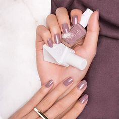 Take Me to Thread - Neutral Taupe At-Home Gel-like Manicure - Essie Gel Couture