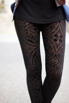Leggings. Im in love. <3