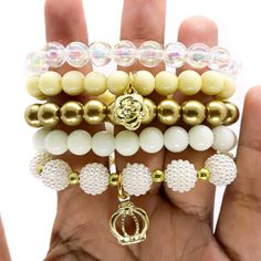 Kids Jewelry, Women Jewelry, Bangles, Beaded Bracelets, Fun Crafts For Kids, Hippie Chic, Jewels, Beautiful, Fashion