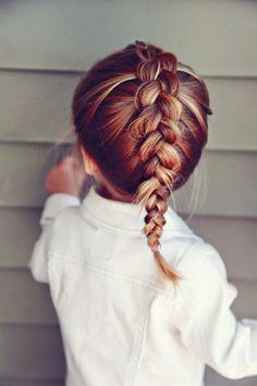 Pra enfrentar o calor do verão com estilo, aposte nas tranças. #penteados #hairstyle #cabelos #tranças #braid