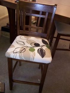 Beckys Blog: ReUpholstered Dining Room Chairs :)