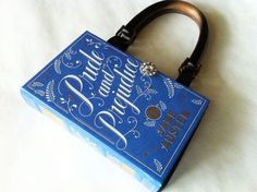 Pride and Prejudice Book Purse   This is cool I need one!