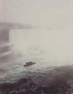 Niagara Falls    photo by Andreas Gursky, 1989
