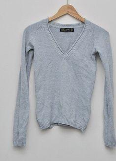 Kup mój przedmiot na #vintedpl http://www.vinted.pl/damska-odziez/swetry-z-dekoltem/15416155-szary-sweter-zara-rozmiar-36