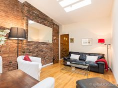 Time to sit back and relax in this #NYC #vacation #rental - it really doesn't get much more authentic than this. http://www.nyhabitat.com/new-york-apartment/vacation/16277