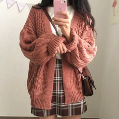 Warm Knit Sweater Cardigan – knitting sweaters for women Fashion Trends 2018, Korean Fashion Trends, Korean Street Fashion, Korean Fashion Winter, Fashion 2018, Cute Korean Fashion, Fashion Spring, Fashion Online, Vintage Winter Fashion
