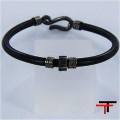 Scarves, Belt, Diy, Accessories, Jewelry, Fashion, Bracelets, Leather Bracers, Black Leather
