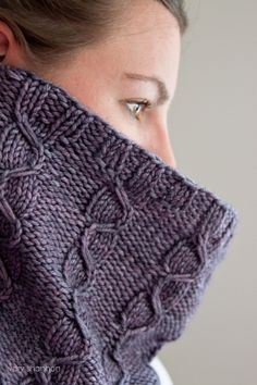 lansbury cowl pattern from www.veryshannon.com