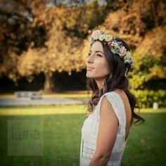 Corona de flores naturales by LUNA NOVIAS ARG. #FlowerCrown Detalles/handmade. #Bride #Art https://www.facebook.com/luna.novias