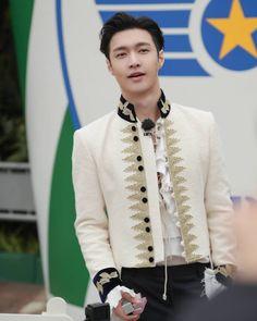 Prince Zhang 👑🤴🐑😚💋💗💞💓💕💖💝 #exo #lay