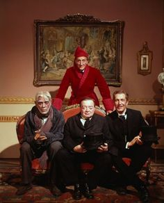 "Basil Rathbone, Boris Karloff, Peter Lorre y Vincent Price en ""La comedia de los horrores"" (The comedy of terrors), 1963"