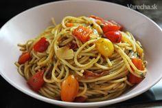 Špagetománia: 10 receptov, aby špagety chutili vždy inak Tahini, Tofu, Spaghetti, Food And Drink, Ethnic Recipes, Bulgur, Noodle