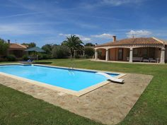 Luxe villa met zwembad in het zuidoosten van Sardinië