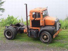 Orange Mack EN707A