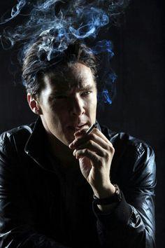 SMOKE BENEDICT CUMBERBATCH