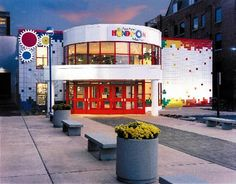 Put on the best kids' birthday party at the Ann Arbor Hands-On Museum. It's educational too! Party hosted for 2.5 hours for up to 15 children and 20 adults. Invitations, paper products and goody bags supplied. Value: $250