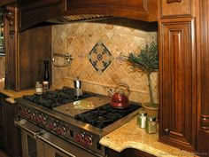 Traditional Dark Wood-Golden Kitchen Cabinets #06 (Kitchen-Design-Ideas.org) countertops and back splash for my kitchen