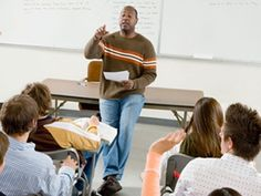 Blogger Todd Finley gives strategies on how to build a dynamic lecture that will keep students engaged.
