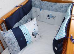 """Tour de lit """"Petit Prince"""" Adelajda bleu, marine et pointes de turquoise sur commande : Linge de lit enfants par lilouetpuce Baby Cot Bumper, Baby Crib Bumpers, Baby Cribs, Bleu Marine, Toddler Bed, Turquoise, Home Decor, Baby Things, Child Room"""