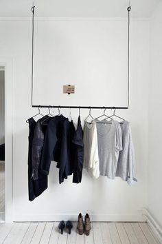 aménager un dressing, porte-vêtements muraux | Dressing | Pinterest