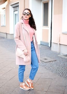 pink coat copper reeboks faces of stockholm pull and bear mom jeans sneaker girl look gerry weber candy colors sweater winter look samieze fashionblogger modeblog berlin