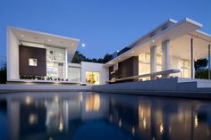 Lakewood House in Florida by KZ Architecture