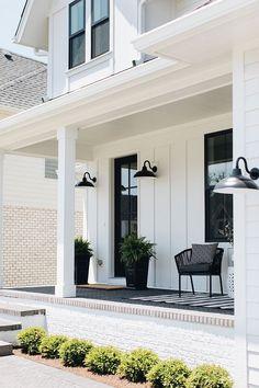 Beautiful Homes of Instagram: Modern Farmhouse - Home Bunch  Interior Design Ideas