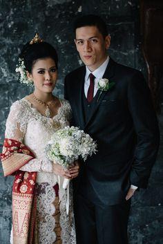 #indonesianwedding #wedding #batak #ulos #kebaya