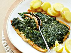 Baked Organic Spinach-Crusted Trout. Had this for dinner tonight... Didn't have oatmeal so I just doubled the Parmesan cheese.... Omgoodness....