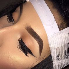 I'll never be able to get these kind of eyebrows