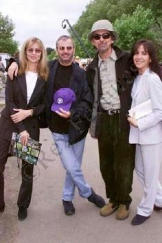 Beatle buddies & wives.