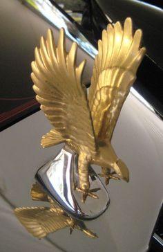"Zimmer Golden Spirit ""Eagle"" hood ornament."