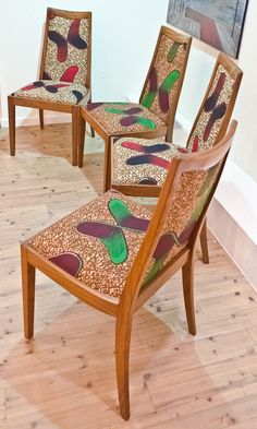 G Plan dining chairs reupholstered with African fabric Funky Furniture, Upcycled Furniture, Refurbished Furniture, Eclectic Chairs, Funky Chairs, African Interior Design, African Furniture, African House, African Home Decor