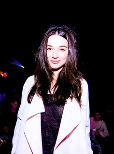 daily crystal reed : Photo
