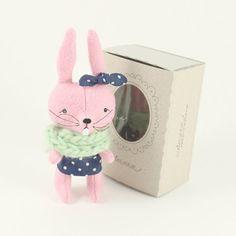 bunny :: cutie kat kat
