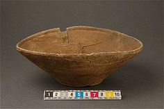 Wooden bowl from Uppsala, the neighbourhood The Brewer, Bryggaren. Medieval period.