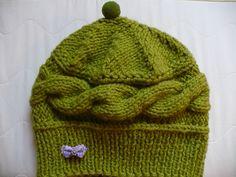 Knitted Hats, Knitting, Fashion, Moda, Tricot, La Mode, Knit Caps, Breien, Fasion