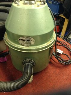 Kerstar Vacuum cleaner (Nearly Antique)