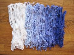 Ombre Dyed Yarn 2019 Technique Ombre DyedYarn Luxe DIY Via How Did You Make This? The post Ombre Dyed Yarn 2019 appeared first on Yarn ideas. Fabric Yarn, How To Dye Fabric, Studded Leather, Leather Handle, Knitting Stitches, Knitting Yarn, Animal Fibres, Ombre Yarn, Linen Stitch
