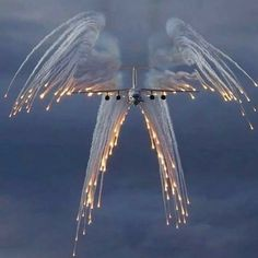 """*""""Angel Flight"""" is the call sign for a USAF aircraft carrying a fallen hero on board. Their """"Salute"""" with flares looks like an angel with wings. Fighter Aircraft, Fighter Jets, Jets Privés De Luxe, Carros Bmw, Angel Flight, Flight Wings, Cool Photos, Beautiful Pictures, Amazing Photos"""