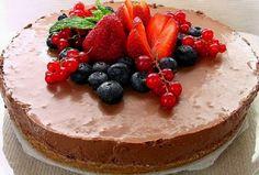 Receita de Bolo de Chocolate com Fruta | Doces Regionais