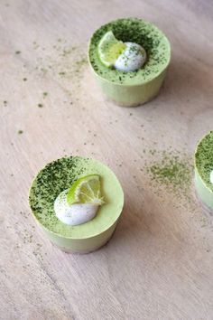 Mini Matcha Key Lime Pies | Delicious vegan pies that are super zesty and creamy! Paleo, mostly raw, dairy-free, refined sugar free, gluten free, grain free.