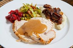 The best Thanksgiving main course/dish recipes from the classic roast turkey to non-traditional recipes like ham, pot roast skillet chicken, etc. Turkey Dishes, Turkey Recipes, Leftovers Recipes, Dinner Recipes, Thanksgiving Recipes, Holiday Recipes, Thanksgiving Leftovers, Christmas Recipes, Herb Roasted Turkey