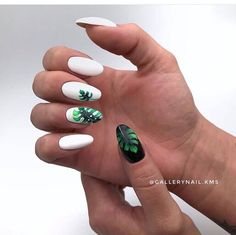 Autumn nails with leaves Beautiful black and white nails Beautiful nails 2018 Black and white nail designs Leaves nails Long nails Nails trends 2018 Novelty of fall nails Black And White Nail Designs, White Nail Art, White Nails, White Summer Nails, White Manicure, Blue Nails, Glitter Nails, Nail Art Design Gallery, Best Nail Art Designs