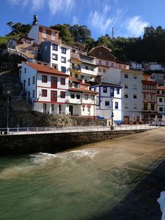 Cudillero siempre, otoño rural, Asturias