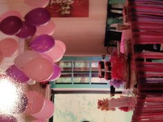 Inexpensive party decor: balloons and streamers.