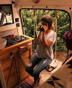 Gefällt Mal, 36 Kommentare – Camper van tours ( auf Ins… – camping Bus Camper, Camper Life, Rv Campers, Bus House, Tiny House, Kombi Trailer, T3 Vw, Kombi Home, Bus Living