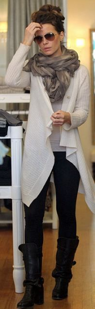 Love her hari, sweater, and scarf perfect shopping outfit