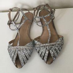 Zara Sylver Glitter Sequin Flat Sandals Bloggers sandals. ( 38 Eu ) Zara Shoes Sandals